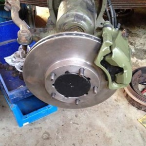 Volvo C303 bolt-on disc brake conversion