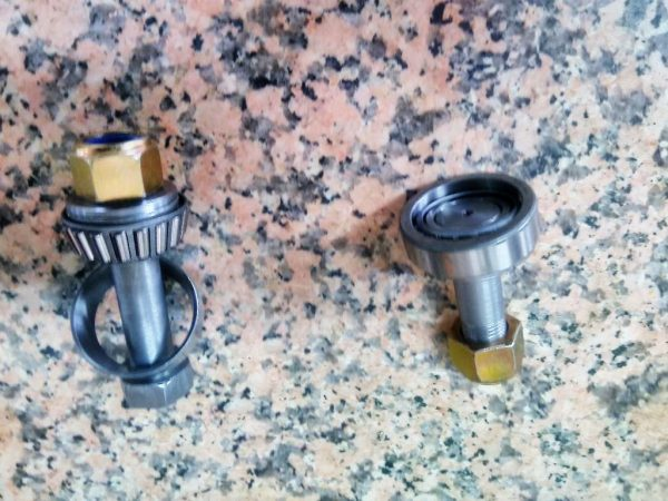 C 303 KING PIN WITH BEARINGS - set for axle